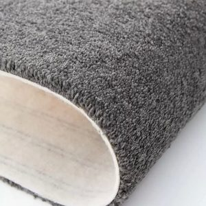 Mocheta pufoasa gri aliminiu pentru dormitor Lily WFB 90 Balta